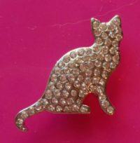 Exclusive White Cat Magnet